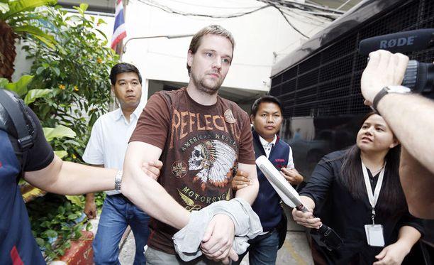 The Pirate Bayn perustajajäsen Hans Fredrik Lennart Neij pidätettynä Thaimaassa marraskuun alussa.