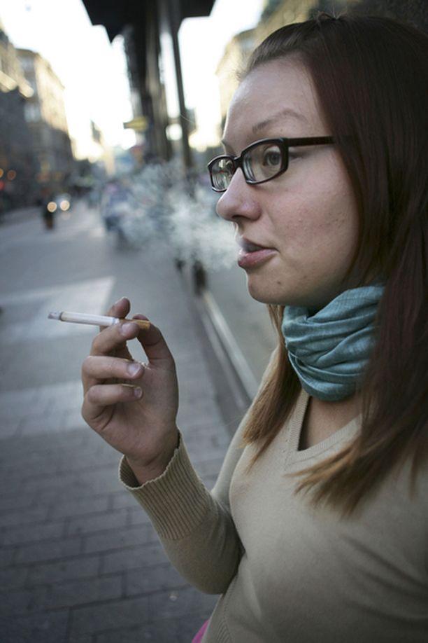 Vantaalaisvanhemmista monet olivat huolestuneet nuorten tupakoinnista.