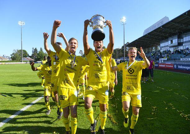 Ilves juhli Suomen Cupin voittoa kesällä 2019.