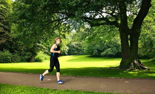 Aiemmassa tutkimuksessa on havaittu, että vain viiden minuutin päivittäisellä juoksulenkillä on yhteys pidempään elinikään.