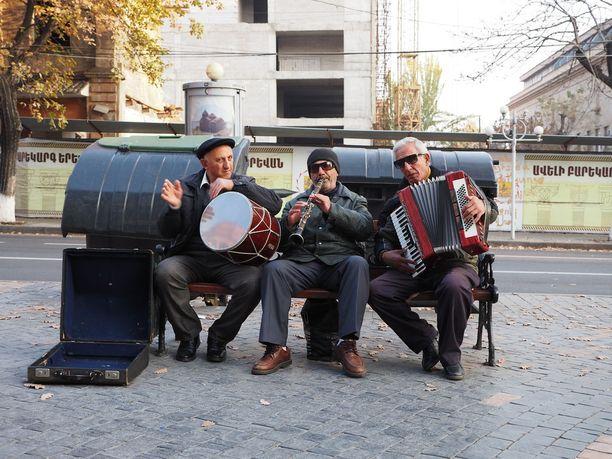 Katusoittajia Jerevanissa.