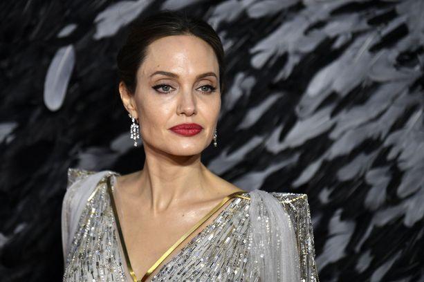 Angelina Jolien Instagram-tili rikkoi ennätyksiä.