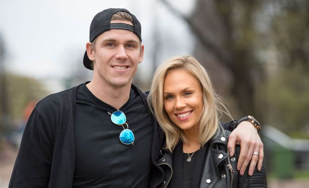 Jori Lehterä ja hänen tyttöystävänsä Lotta Jänne ovat seurustelleet reilut viisi vuotta.