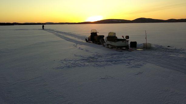 Inarijärvi näyttää kauniilta niin talvella kuin kesälläkin.