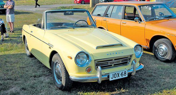 Suomen kolmesta Datsun 2000:sta kaksi oli paikalla.