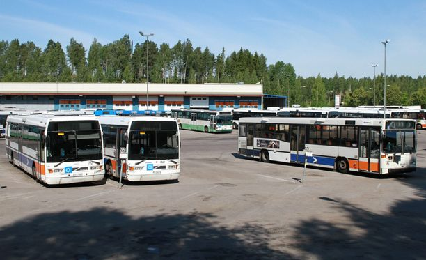 Hakunilan bussivarikko Vantaalla.