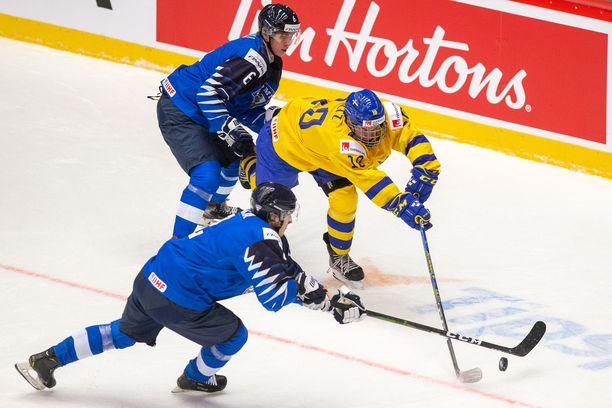 Suomi väänsi Ruotsia vastaan Tshekin Trinecissä.