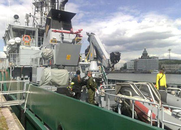 Rajavartiolaitoksen Tavi–laivassa on muun muassa 600 metriä öljypuomia.