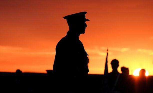 Seksilelun liimaajaa odottanee tuntuva ja sotilaallinen rangaistus pilastaan.