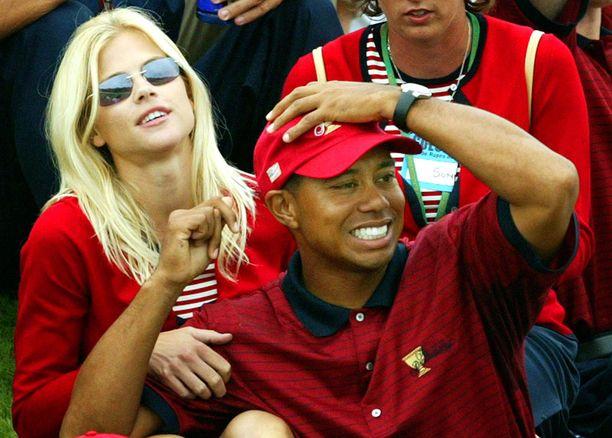 Elin Nordegren ja Tiger Woods tapasivat ensimmäisen kerran vuonna 2001.