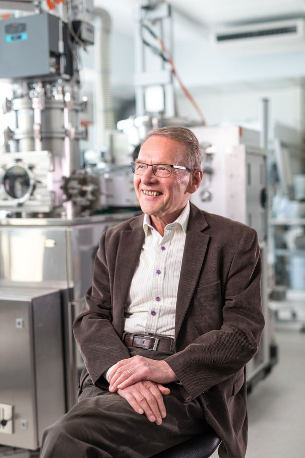 Tuomo Suntila on koulutukseltaan tekniikan tohtori.