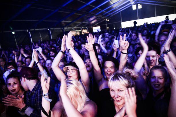 Lasse Lehtosen arvion mukaan kesällä ei välttämättä vietetä festivaaleja ainakaan kesäkuussa tai heinäkuussa. Kuvassa oleva Flow-festivaali olisi tarkoitus järjestää elokuussa.