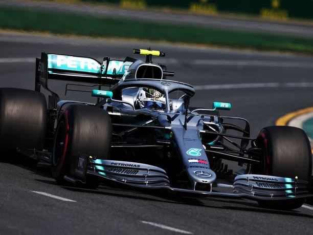 Valtteri Bottas oli Australian GP:n aika-ajon kakkonen. Paalupaikan vei hänen tallikaverinsa Lewis Hamilton.