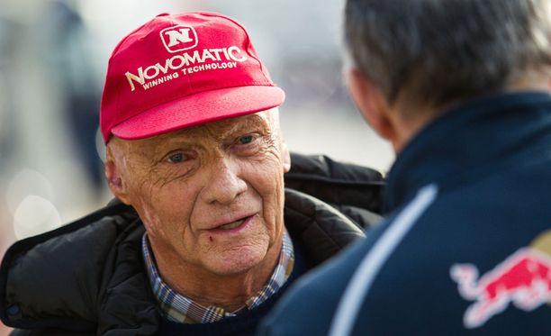 Niki Laudan mukaan tiedonpuute on johtanut arvailuihin Michael Schumacherin nykytilasta.