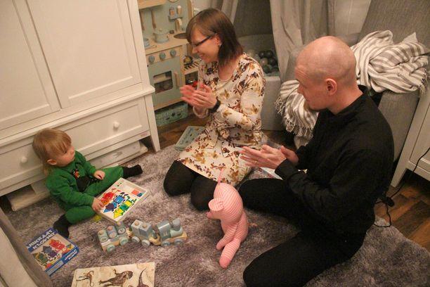 Pipsa ja Richard Palosen lapsenhankkimisprojekti kesti yhteensä viisi vuotta. Victor syntyi 23.6.2018. Nyt Pipsa ja Richard yrittävät toista lasta, sillä Pipsa on alkanut ovuloimaan. Jos ei tärppää, niin he pääsevät kesäkuussa hoitoihin.