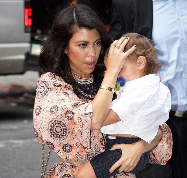 Äiti huolestui, kun 21 kuukauden ikäinen Mason satutti kasvonsa.
