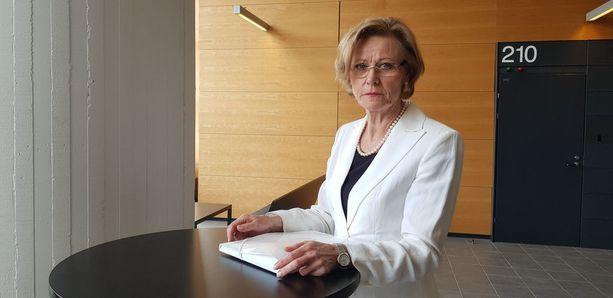 Syyttäjä Eija Velitski on ilmoittanut olevansa tyytyväinen Helsingin käräjäoikeuden ratkaisuun tuomita sarjakuristaja elinkautiseen vankeusrangaistukseen murhasta.