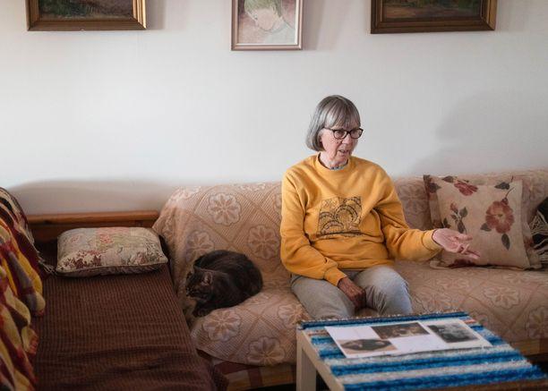 Seija Köykkä on yrittänyt jo vuosikymmenten ajan selvittää, mitä tapahtui Neuvosto-Venäjällä kadonneille sukulaisille Antille ja Rosa Ivanovnalle sekä heidän lapsilleen Astridille, Andreille ja vauvalle. - Heidän kohtalonsa selvittämisen koen jopa elämäntehtäväkseni, Seija sanoo.