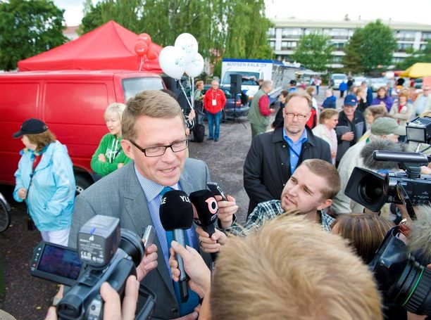 Matti Vanhanen on vaalikampanjoiden konkari.