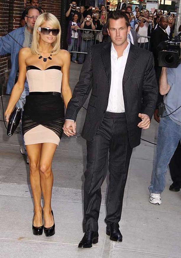 Vielä kesäkuun alussa Paris Hilton saapui David Lettermanin vieraaksi yhdessä poikaystävänsä kanssa.