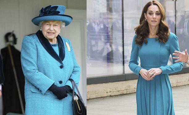 Catherine on alkanut suosia kuningattaren tavoin pukeutumisessaan kirkkaita värisävyjä.