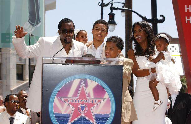 Kuvassa Combs ja Porter perheensä kanssa vuonna 2008.