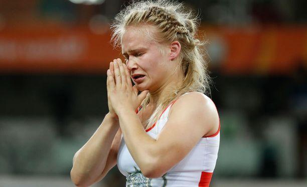 Petra Olli ei usko, että kirgisialaisvastustaja pystyisi voittamaan Venäjän Valeria Koblovan.