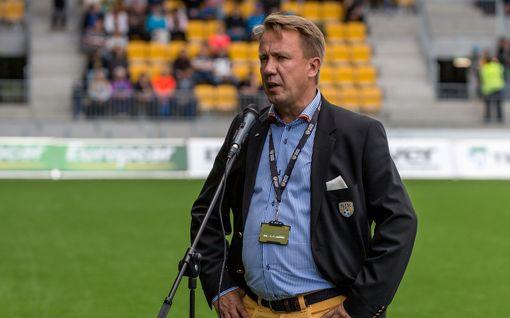 """SJK kärsii tehottomuudesta – seurapomo Raimo Sarajärvi ymmärtää joukkuettaan: """"On tuskainen tilanne"""""""