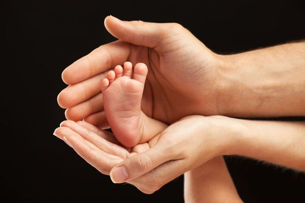 Ennenaikainen syntymä on tärkeimpiä imeväisten sairastavuuden syitä, ja varhainen kasvuhäiriö on näillä vauvoilla tavallinen ongelma.