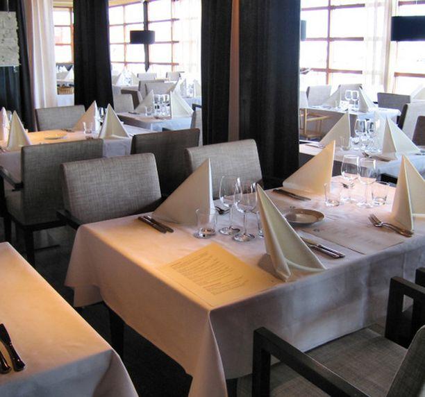 Lauttasaarelaisravintolan on sisustanut Hans Välimäen luottomies.