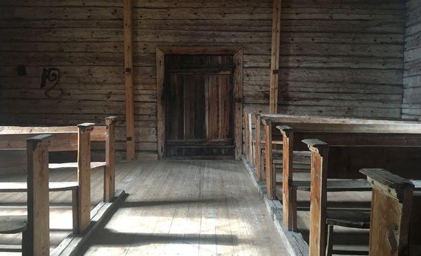 Seilillä voi vierailla vanhassa kirkossa.