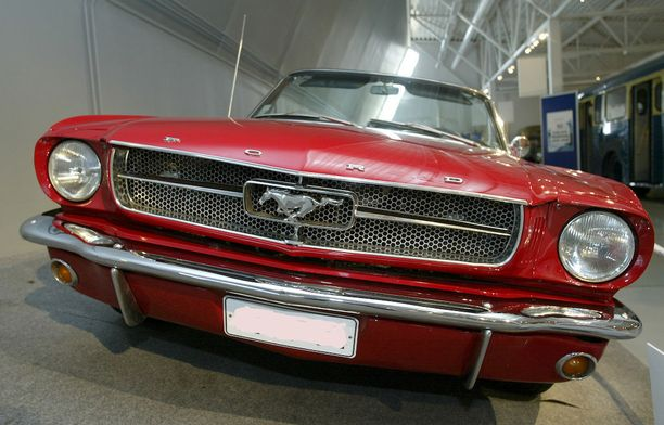 Maistuisiko 60-luvun aito Mustang. Päiväajelu onnistuu 89 eurolla. (Kuvan auto ei ole kyseinen auto).