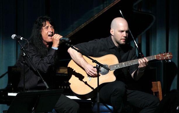 Anthraxin Joey Belladonna oli yksi tilaisuuden esiintyjistä.