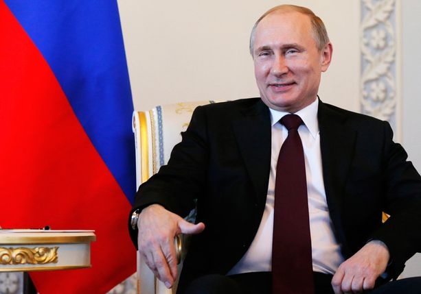 Presidentti Vladimir Putin esiintyi pitkän julkisuustauon jälkeen rentona ja hyväntuulisena.