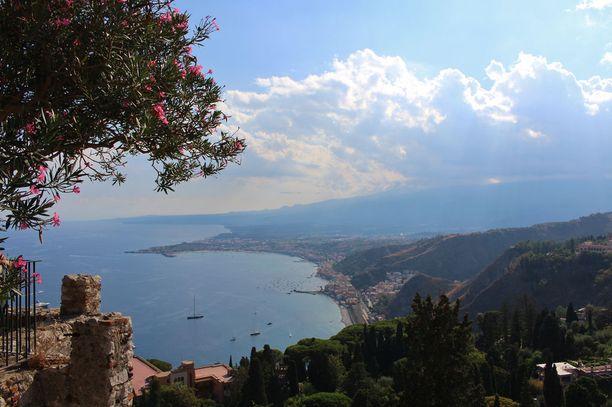 Näkymä Sisilian Taorminassa.