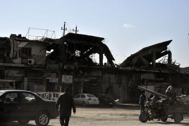 Itä-Mosul on pitkälti tuhoutunut.