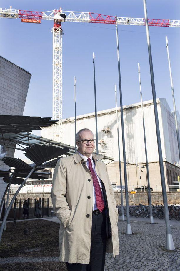 Uudenmaan maakuntauudistuksen muutosjohtaja Markus Sovala kaipaa lisää aikaa muutoksen läpi viemiseen.