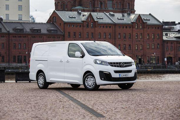 Opel Vivaron voi valita kolmena eri koripituutena. Pisimmillään autossa voi kuljettaa yli 4 metrin mittaisia esineitä.