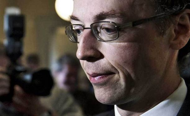 Kansanedustaja Jussi-Halla-ahon jatkoa hallintovaliokunnassa pohditaan tänään.