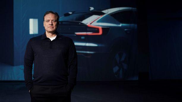 Volvon teknologiajohtaja Henrik Green näkee sähköautoilun ainoana vaihtoehtona pienelle autonvalmistajalle.