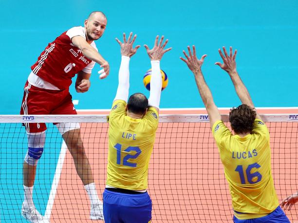 Brasilia oli helisemässä Puolan lyöntivoiman edessä.