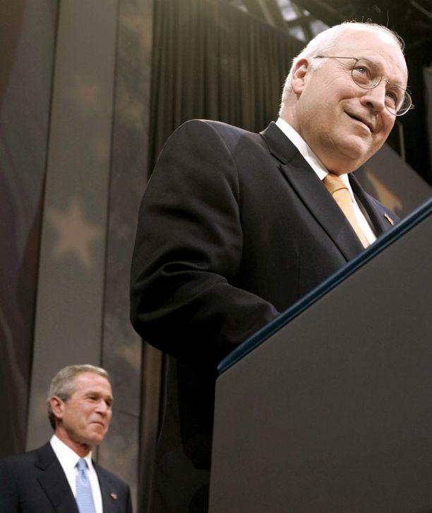 Dick Cheney ja silloinen Yhdysvaltain presidentti vuonna 2004.
