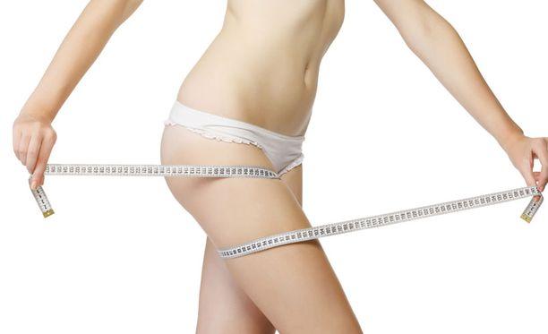 Amerikkalaistutkimuksen mukaan laihdutus onnistuu yhtä hyvin riippumatta siitä, noudatetaanko vähärasvaista vai -hiilihydraattista ruokavaliota.