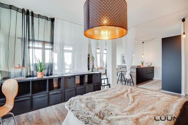 Waltteri Torikan tyylikäs asunto on remontoitu ja siinä on avara pohjaratkaisu.