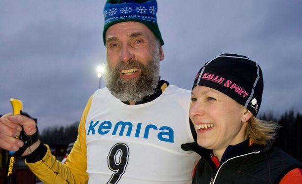 Juha Mieto ja Marjo Matikainen-Kallström poseerasivat Iltalehdelle vuonna 2008.