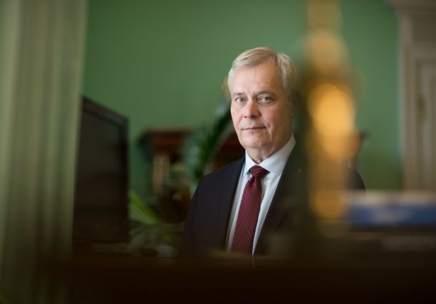 Pääministeri Antti Rinne myöntää, että rahat eivät riitä kaikkiin sote-tarpeisiin.
