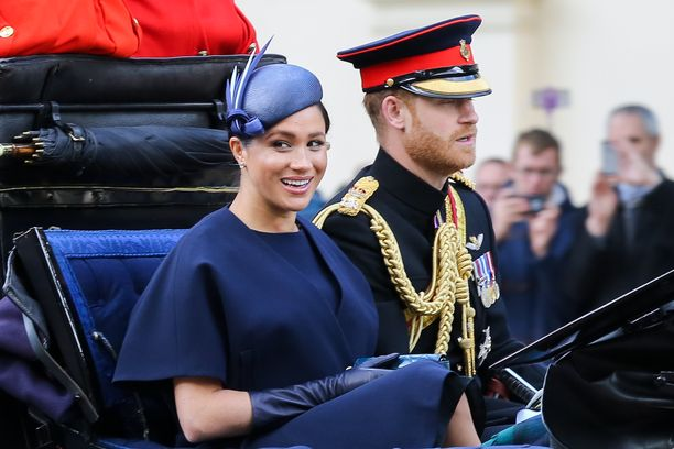 Herttuatar Meghan ja prinssi Harry ovat olleet yhdessä kesästä 2016.