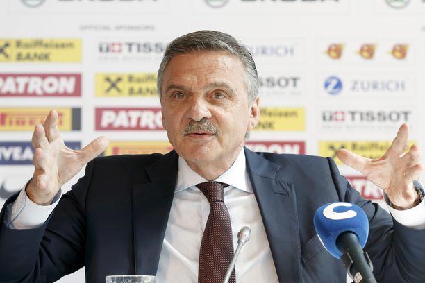 IIHF:n puheenjohtaja René Fasel ei peräänny.