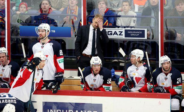 Petri Matikainen joutui pahaan paikkaan. Slovan Bratislavalla ei ollut varaa maksaa palkkoja.