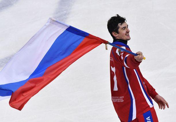 Venäjän Sergei Lomanov Jr on kritisoinut Venäjän jääpalloliittoa rajusti. Hän oli voittamassa maalleen MM-kultaa vuonna 2018.